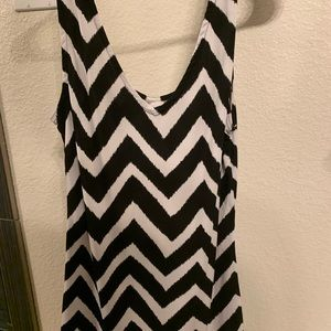INC women's chevron Tank Large EUC